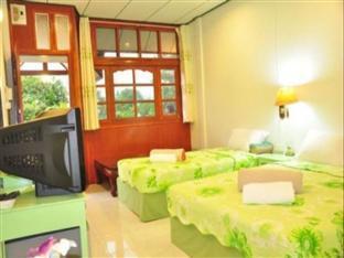 Chiangkhan Greenview Resort guestroom junior suite