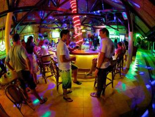 Alona Vida Beach Resort otok Panglao - bar/salon