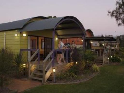 ➦  Discovery Holiday Parks    (New South Wales) customer rating