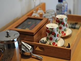 Burns Beach Bed & Breakfast Perth - Tea and Coffee Facilities