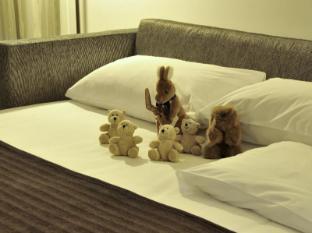 Park Inn by Radisson Foreshore, Cape Town Cape Town - Children sleeper couch