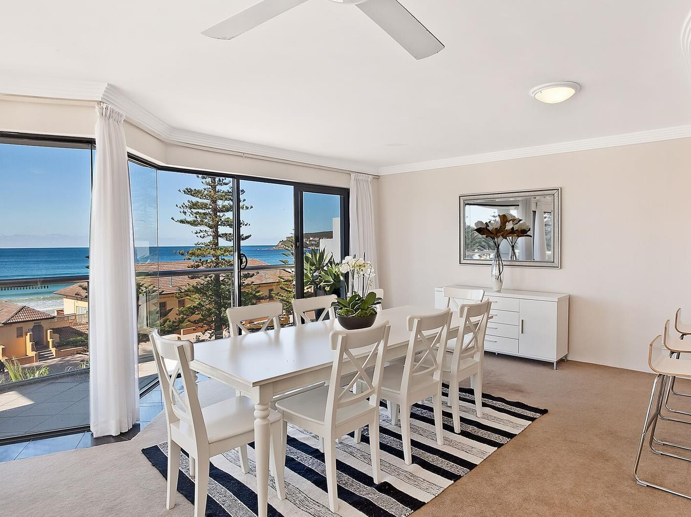 Manly Surfside Holiday Apartments - Sydney Australia ...