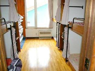 4 Person Bunk Room