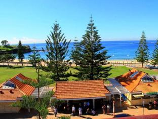 Surfside Coogee Beach