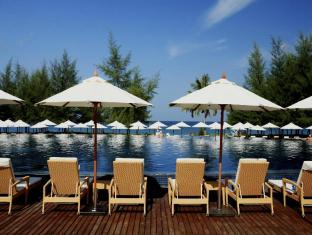 Centara Grand West Sands Resort & Villas Phuket - Bể bơi