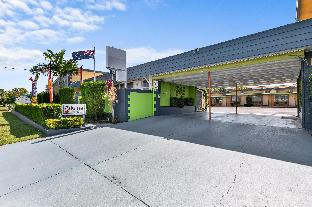➦  Golden Chain    (Queensland) customer rating