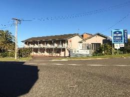 Holiday Lodge Motor Inn