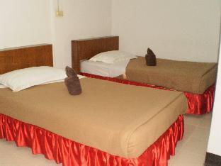 Golden Iyara Resort guestroom junior suite