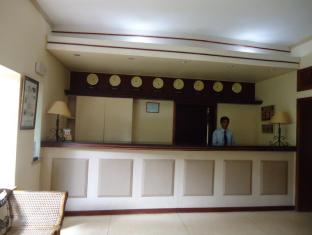 Tamarind Tree Hotel Negombo - Hotel Reception