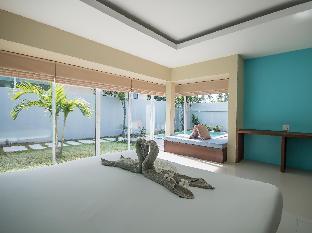 ロゴ/写真:The Living Pool Villas
