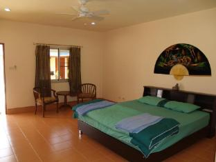 Udom Bungalow Phuket - Guest Room
