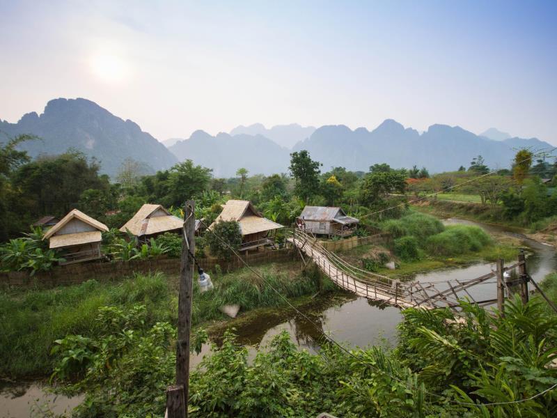 Champa Lao Bungalow1