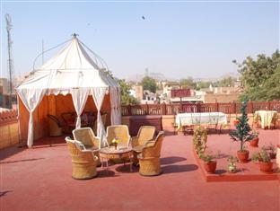Kiran Villas Jodhpur - Roof Top Restaurant