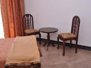 LakeNest Bolgoda Resort Moratuwa / Panadura - Interior