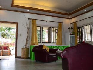 Edcelent Guesthouse Davao City - Hall