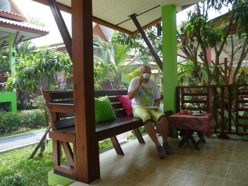 Pinky Bungalows Resort