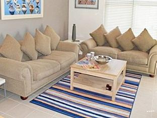 Fish Hoek Luxury Self-Catering Apartments Cape Town - Lounge