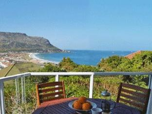 Fish Hoek Luxury Self-Catering Apartments Cape Town - Garden Apartment Balcony
