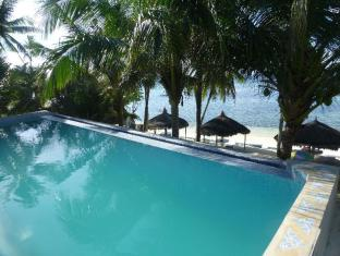 FloWer-Beach Resort Bohol - Piscina