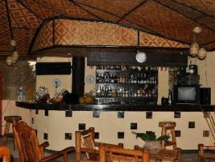 La Petra Beach Resort Anda - Pub/Hol