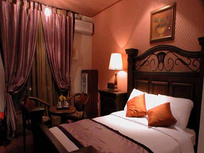 Royal Classic Room