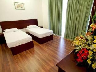 Breeze Apartment Colombo - 3 Bedroom Apartment Twin Beds