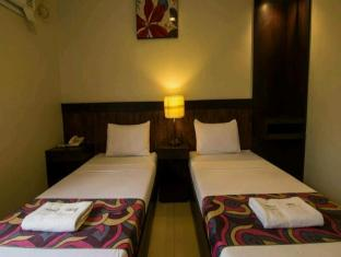 Driggs Pension House General Santos - Deluxe Room-Twin