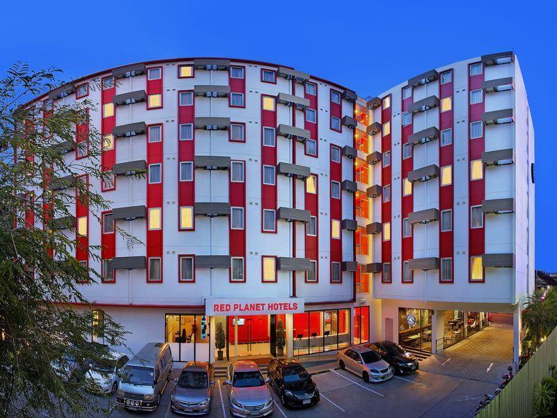 チューン ホテル