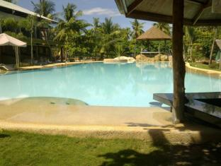 Malapascua Legend Water Sports and Resort Malapascua Island - Swimming Pool