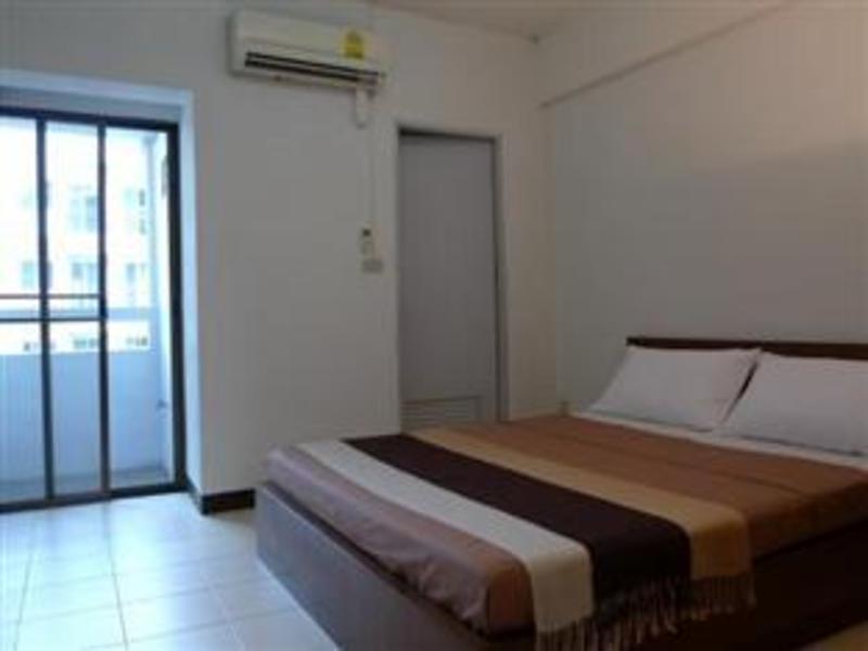 リビング ナラー アパートメント(Living Naraa Apartment)