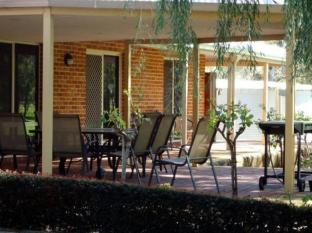 Grandis Cottages Perth - Outdoor Seating