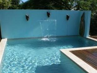 Airlie Beach Myaura Bed and Breakfast Whitsunday Islands - Outdoor Pool
