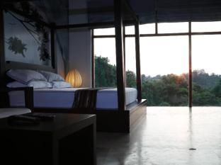 La Villa Sanctuary Colombo - Master Suite During Sunset