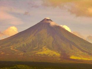Balay de la Rama Bed and Breakfast Daraga - Mount Mayon