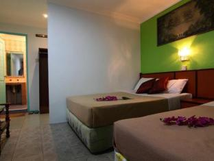 Culture Inn Kuching - Triple Room