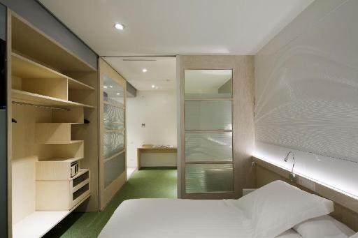 Aparthotel Ako Suites PayPal Hotel Barcelona