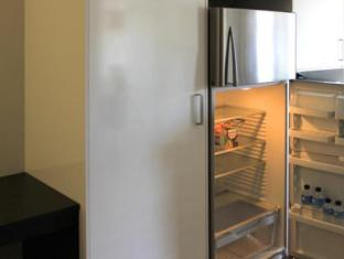 Essence Serviced Apartments Brisbane - Kitchen