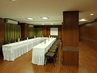 Always Hotel Riverview Ahmedabad - Senate