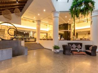Andaman Embrace Resort & Spa Patong Beach Phuket - Hotel interieur