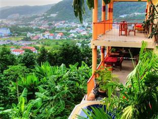 Hilltop Hotel Phuket - Outlook over Patong
