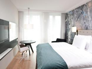 Holiday Inn Berlin Centre Alexanderplatz Berlin - Guest Room