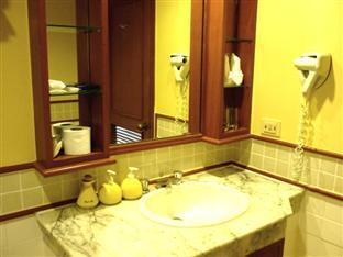 Allamanda Resort Phuket Phuket - Guest room - Bathroom
