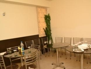 Hotel Bricks New Delhi and NCR - Restaurant