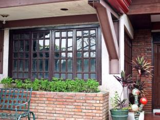 Casa Ruby Bed & Breakfast Davao - Exterior