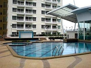 F&K Residences Kota Kinabalu - Swimming Pool
