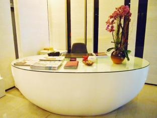 Yi Serviced Apartments Hongkong - Indgang