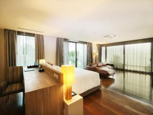 Cape Dara Resort Pattaya - Top Star compound - Master bedroom locate on 3rd floor