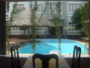 Satisfy Hotel Chau Doc (An Giang) - Swimming Pool
