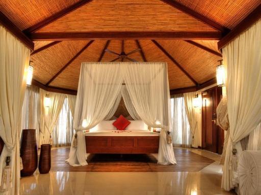 ➦  Banyan Tree Hotels & Resorts    customer rating