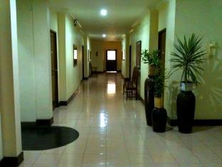 Gie Gardens Hotel Bohol - Hotellet från insidan